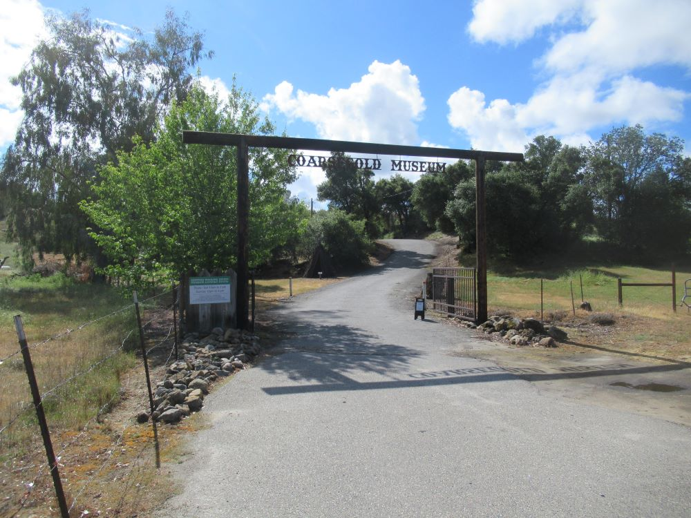 Photo of the front gate to the Museum property.